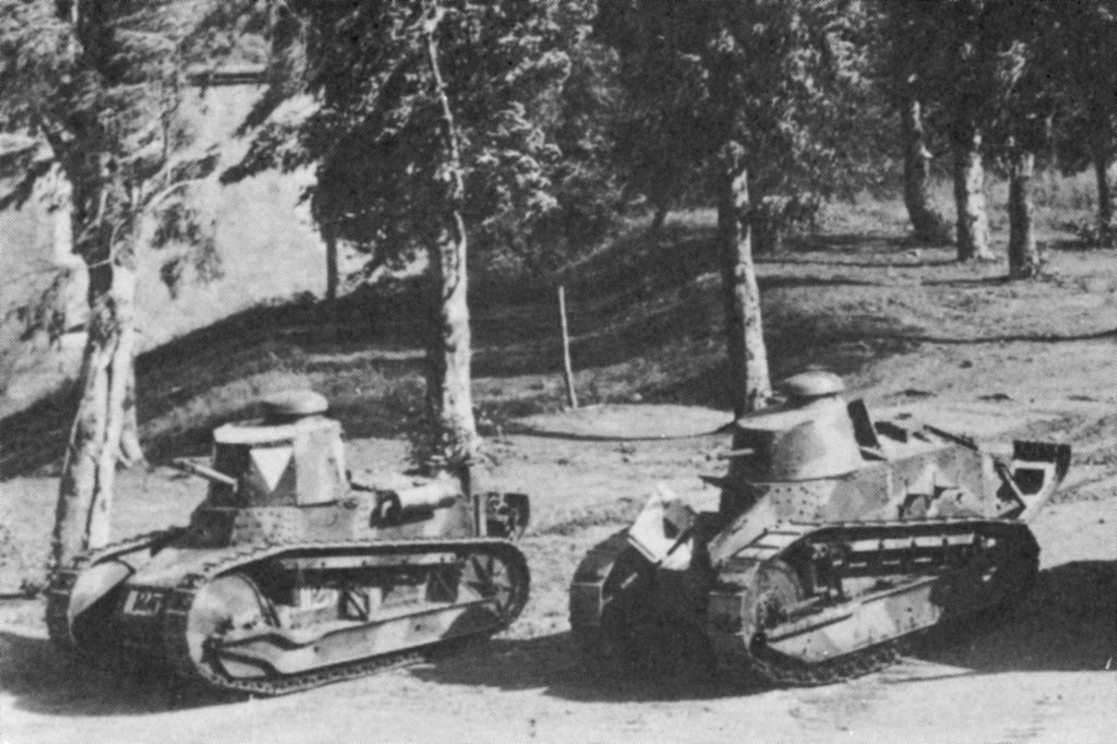 http://www.italie1935-45.com/images/terre/materiels/vehicules_combat/carriL/fiat3000/66.jpg